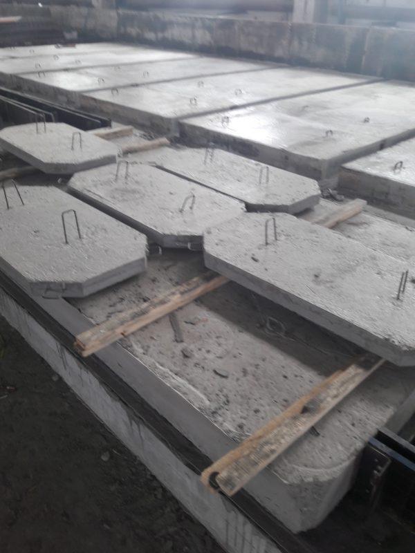 Плиты ПП 5-10 в цехе